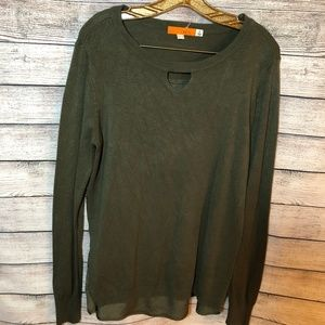 One A Green Lightweight  Sweater Size M